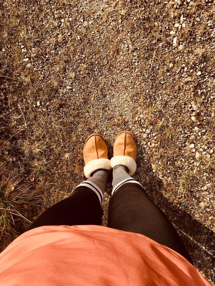 Hannehome – Sånn får du skoene hvite igjen på under 10 minutter